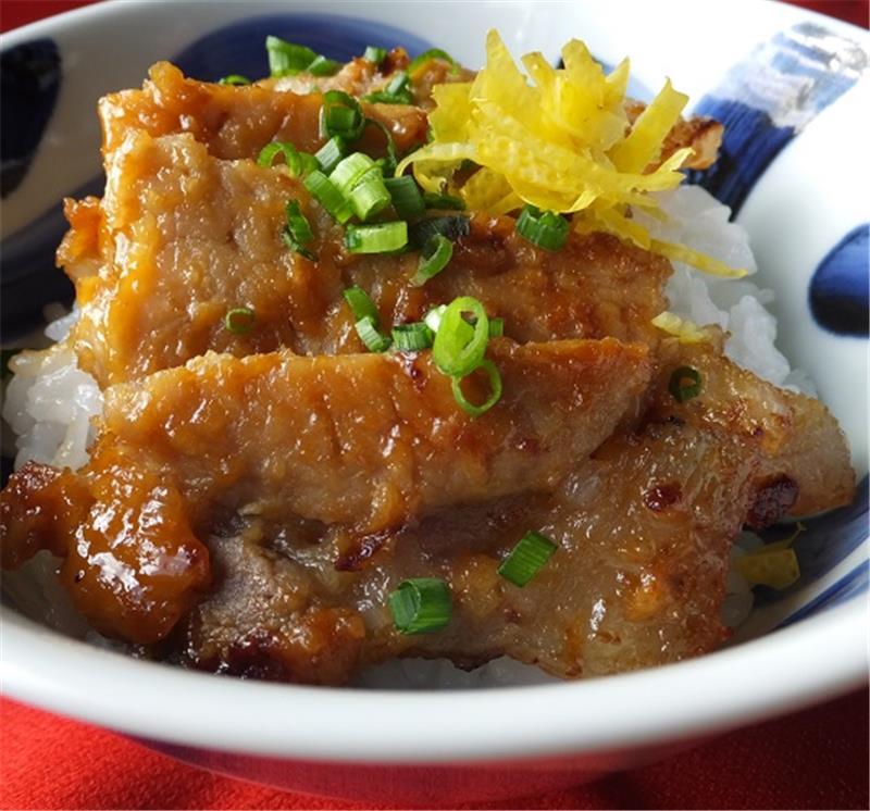 薩摩黒豚味噌漬(ロース・木樽入)