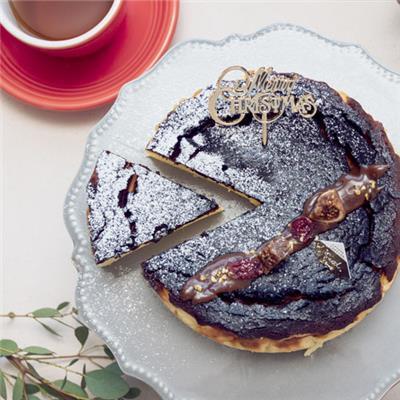 クリスマスバスクチーズケーキ